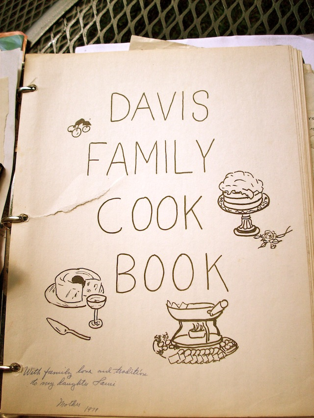 Davis Family Cook Book (Eat Me. Drink Me.)