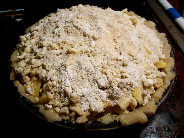 Homemade apple pie recipe (Eat Me. Drink Me.)