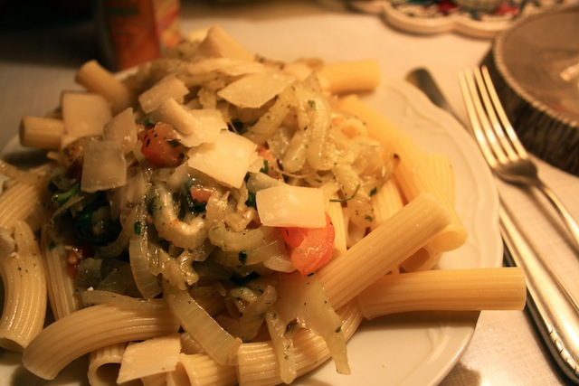 Pasta with fennel and onions recipe (Eat Me. Drink Me.)
