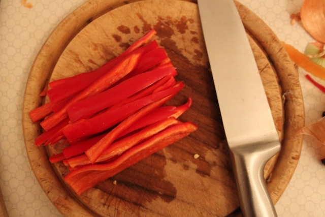 sliced peppers for lentil stew (Eat Me. Drink Me.)
