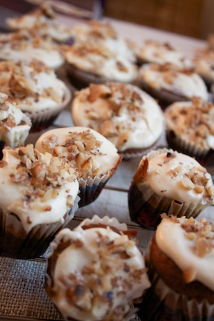 Mini carrot cakes (Eat Me. Drink Me.)