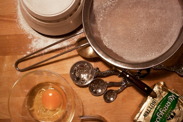 Baking the crust (Eat Me. Drink Me.)