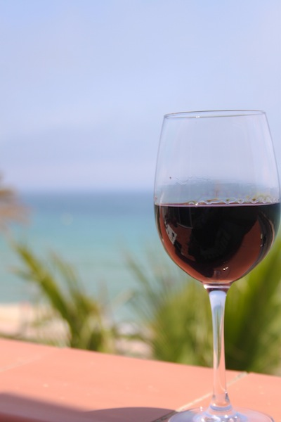 Beachside wine (Eat Me. Drink Me.)