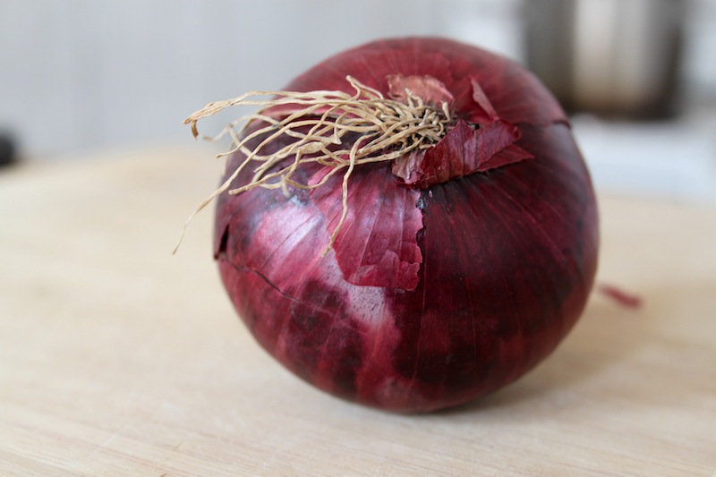 Red onion (Eat Me. Drink Me.)