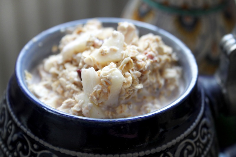 Overnight oats (Eat Me. Drink Me.)