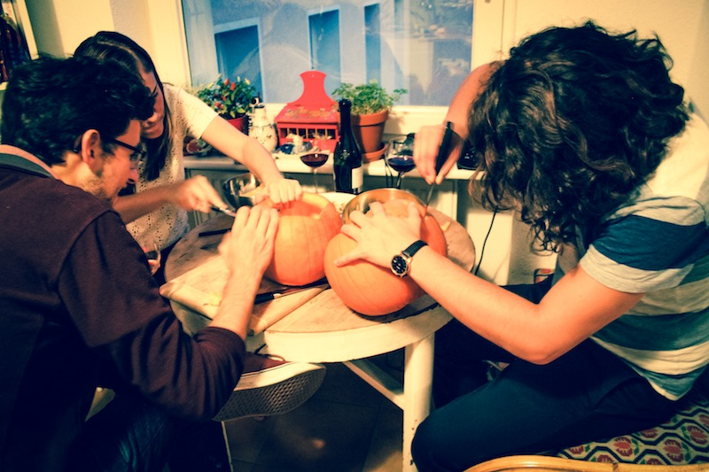 Community pumpkin carving (Eat Me. Drink Me.)