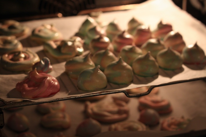 Meringues in the oven (Eat Me. Drink Me.)