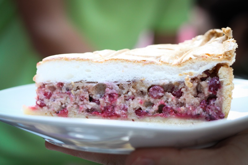 Red currant cake with meringue (Eat Me. Drink Me.)