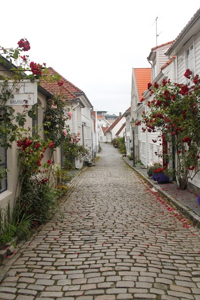 Empty Stavanger street (Eat Me. Drink Me.)