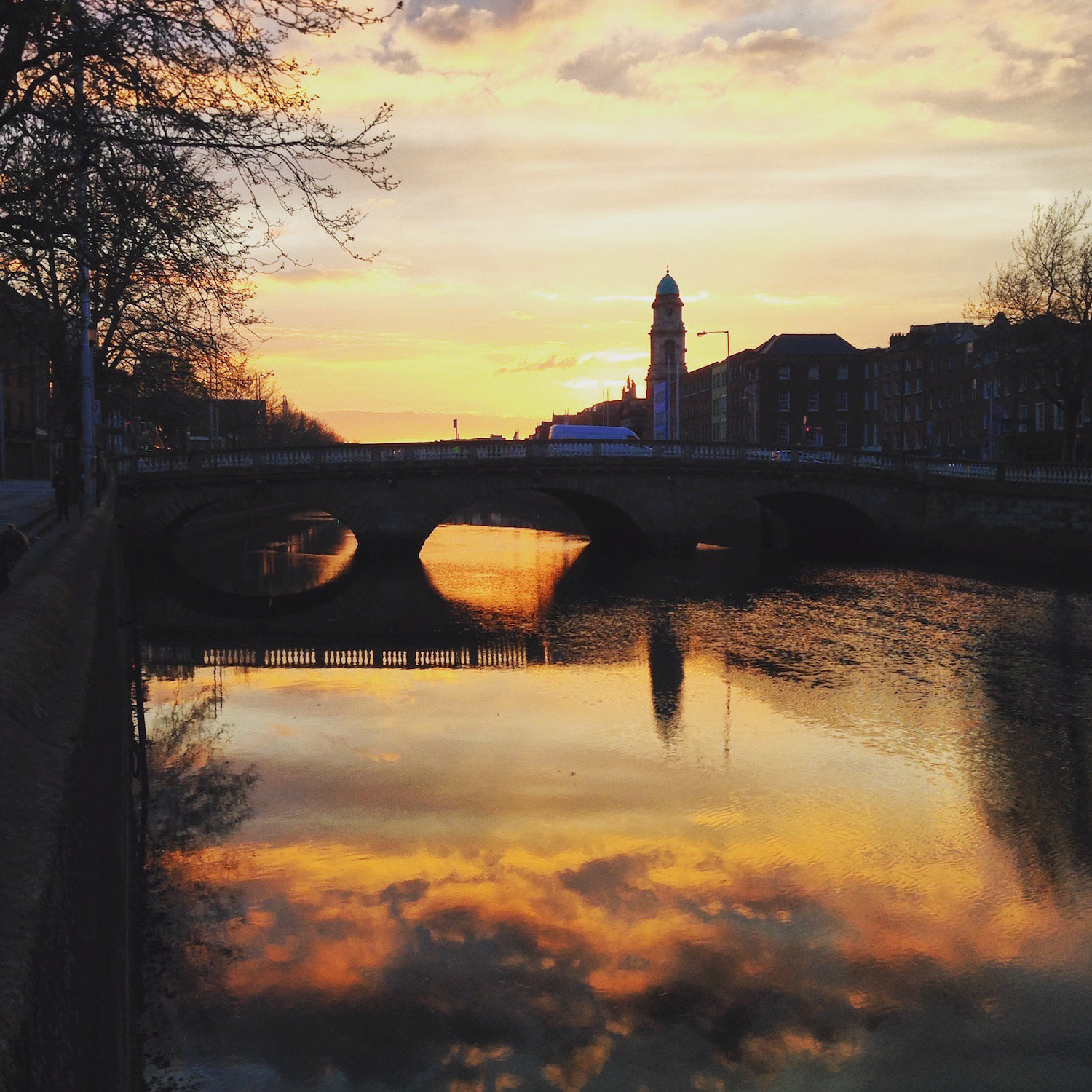 Sunset on the Liffey (Eat Me. Drink Me.)