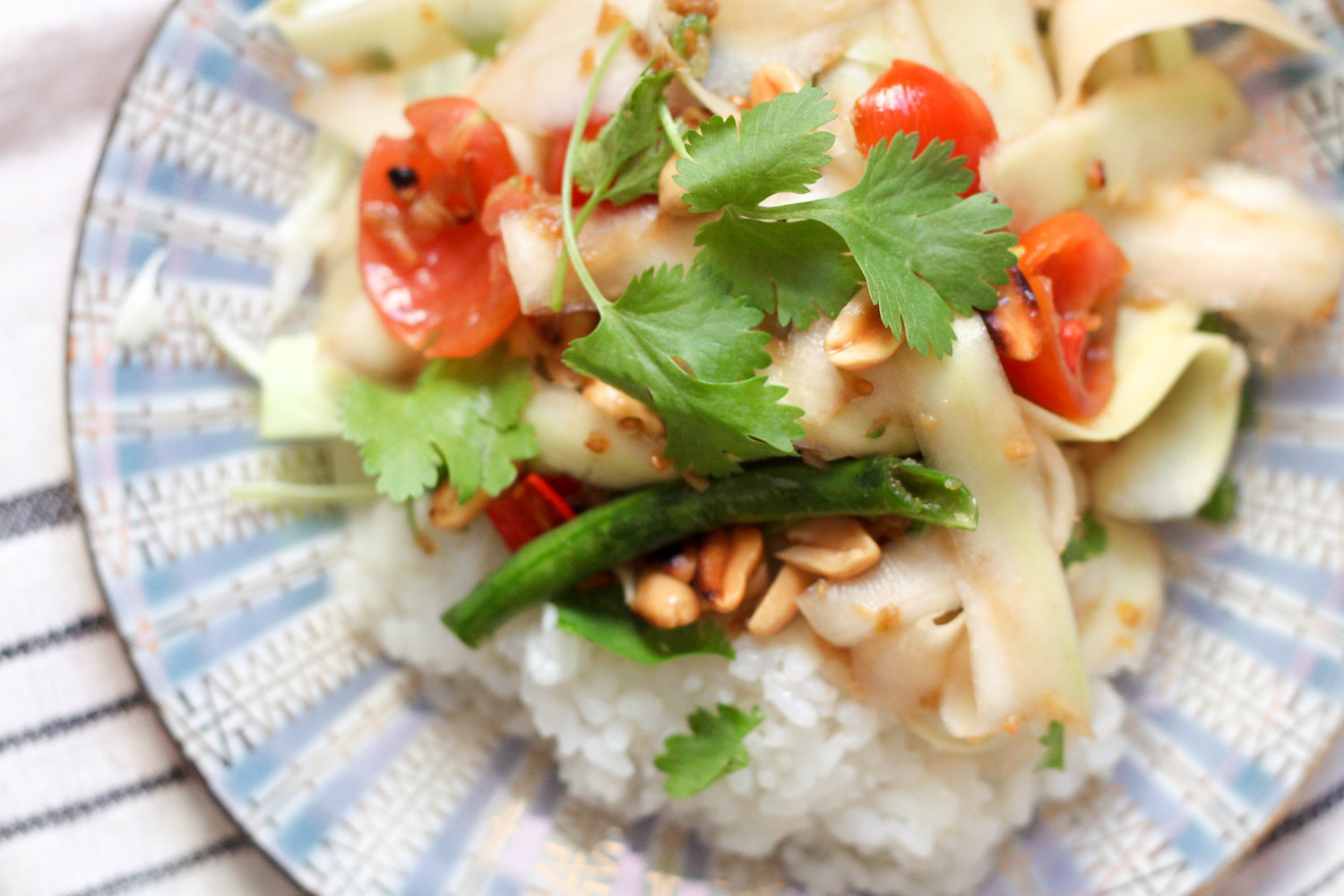 Som Tum (Green Papaya Salad) (Eat Me. Drink Me.)