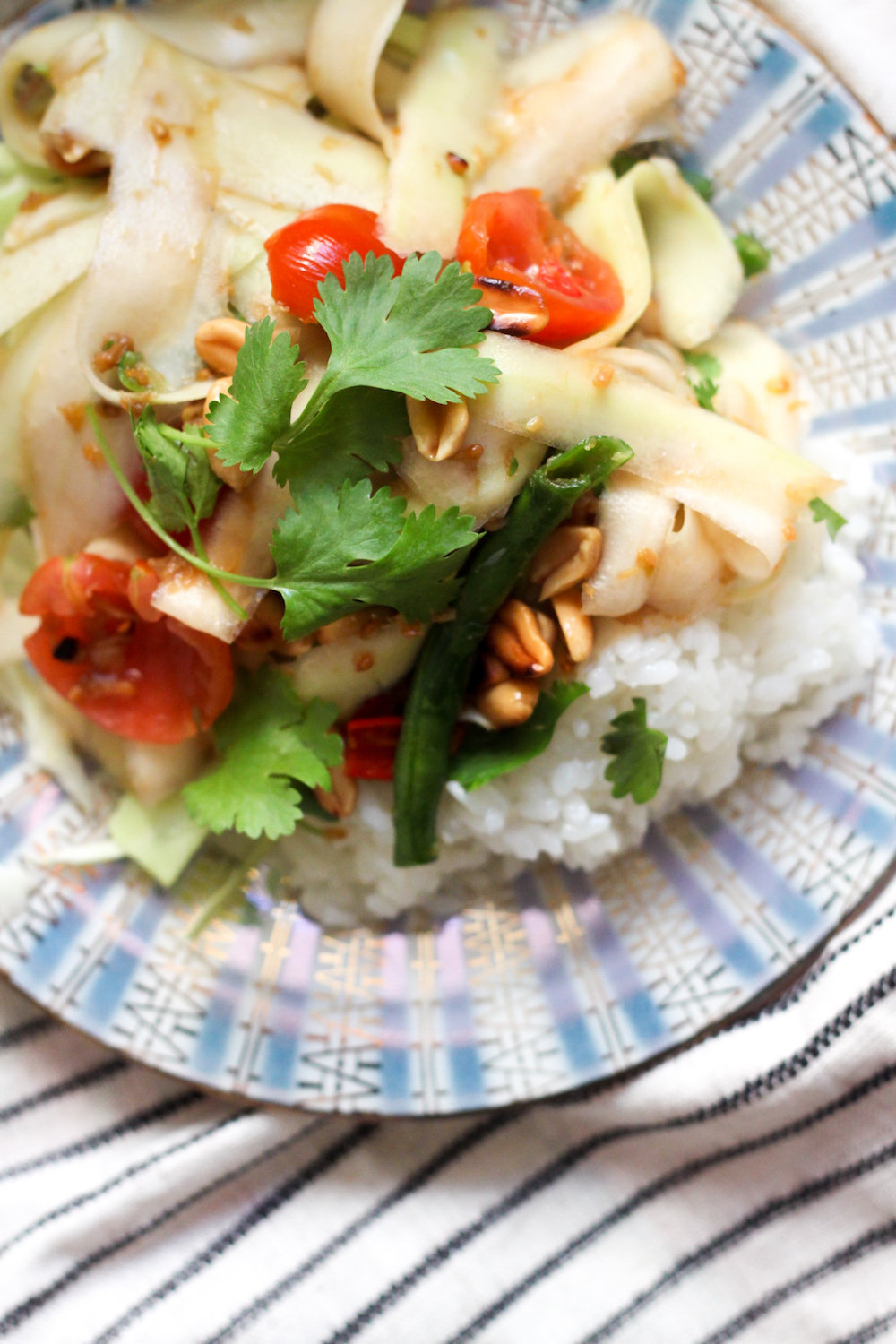 Thai Green Papaya Salad - Som Tum (Eat Me. Drink Me.)