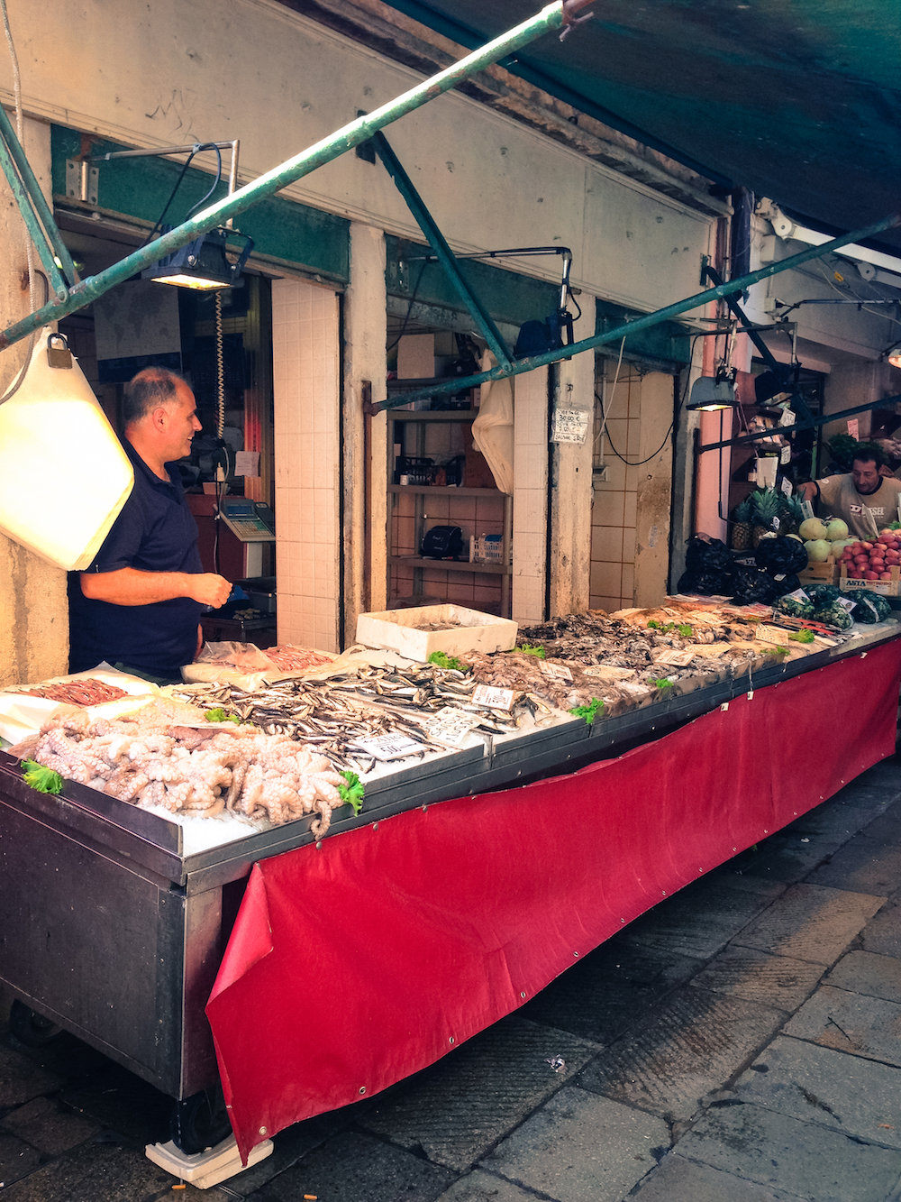 Fresh fish at the Rialto Market (Eat Me. Drink Me.)