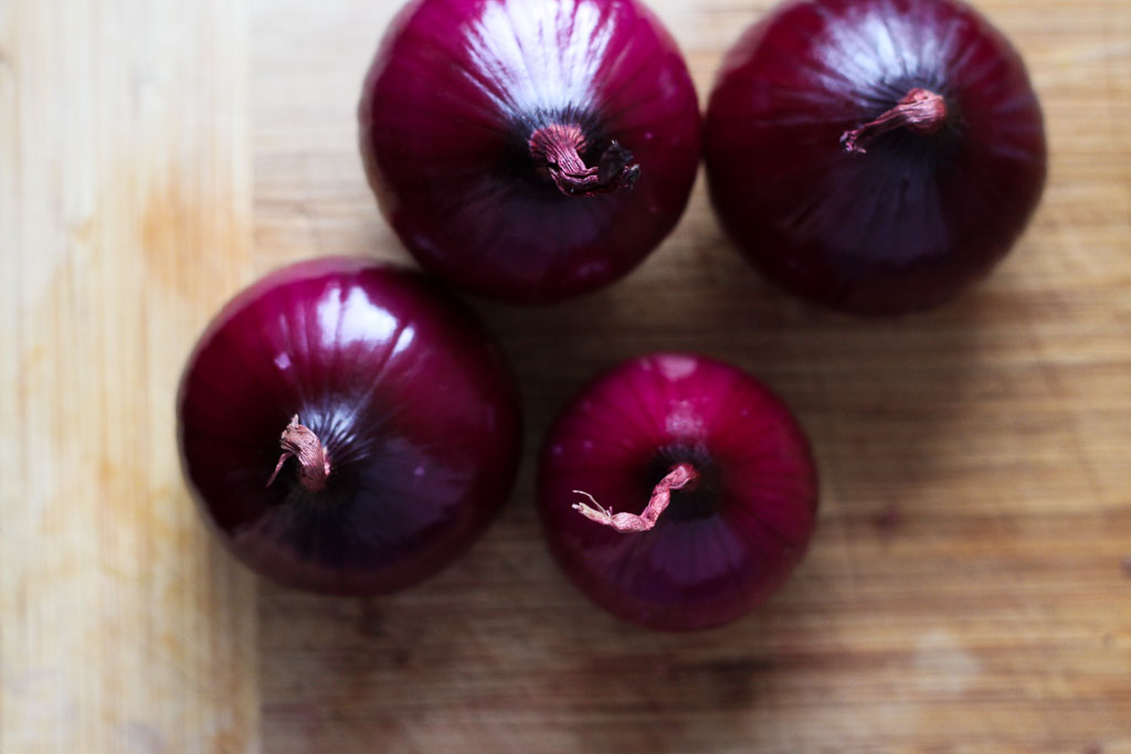 Red onions (Eat Me. Drink Me.)