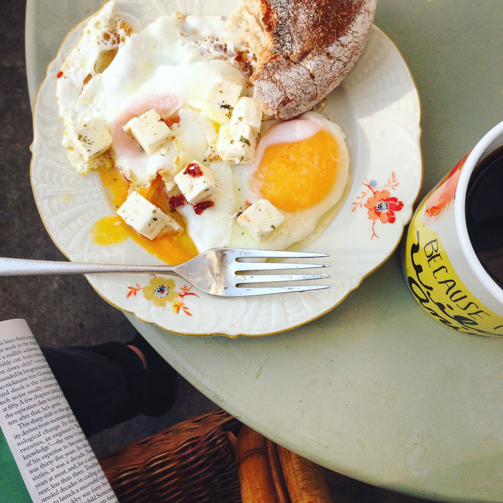 Breakfast eggs (Eat Me. Drink Me.)