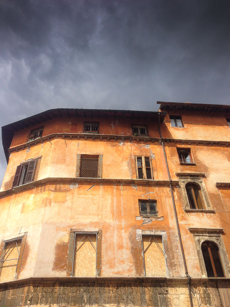 Gathering storm in Rome (Eat Me. Drink Me.)