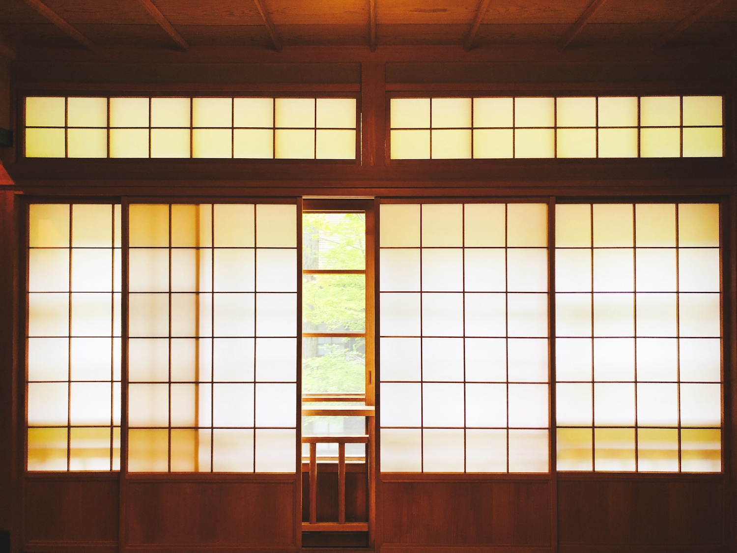 Ryokan windows (Eat Me. Drink Me.)
